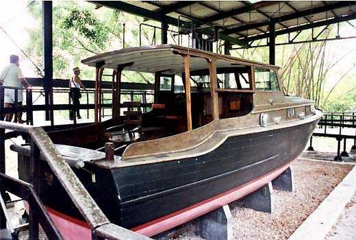яхта хемингуэя