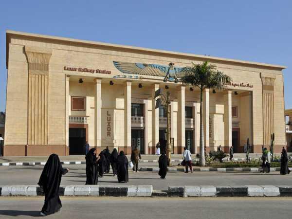 железнодорожная станция в Луксоре
