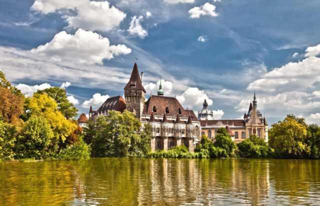 Особенности получения права на проживание в Венгрии