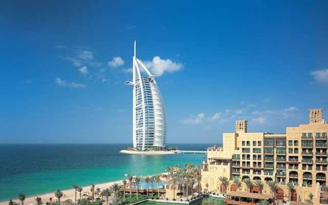 Транзитная виза в ОАЭ стала доступнее