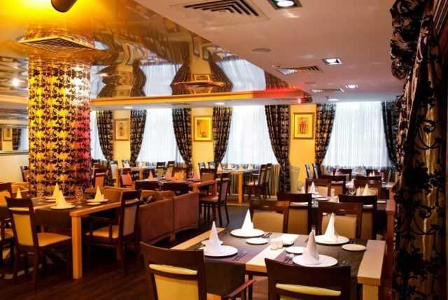 ресторан отеля Аврора