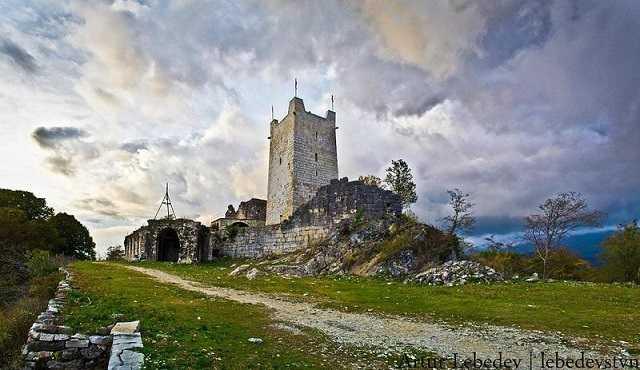 Храм святого Феодора Тирона
