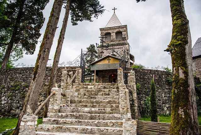 Каманский монастырь