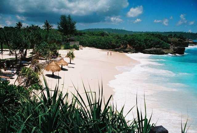 пляжи острова лембонган