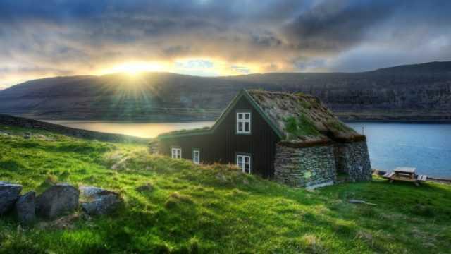 когда отдыхать в исландии