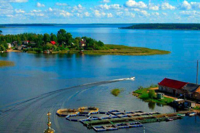 Озеро Селигер - панорамный вид