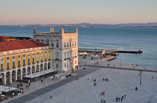 место туристов в Лиссабоне - Курорты Португалии