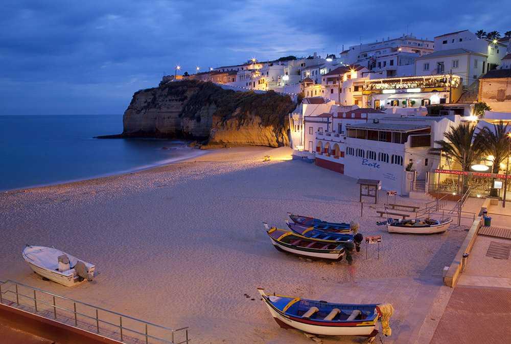 ночью в августе в Алгарве - Курорты Португалии