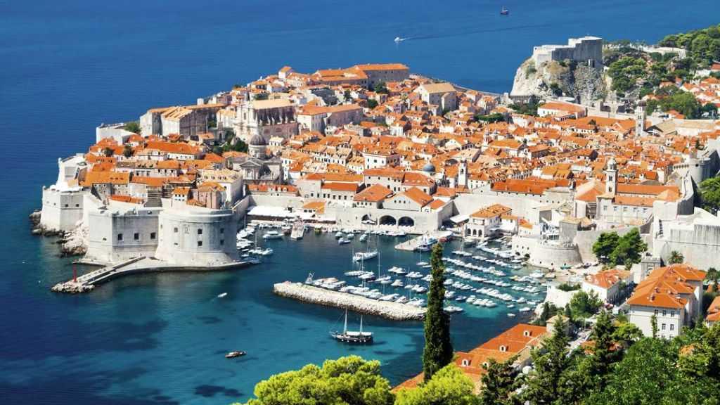 на отдых в августе на курорт Дубровник - Хорватия