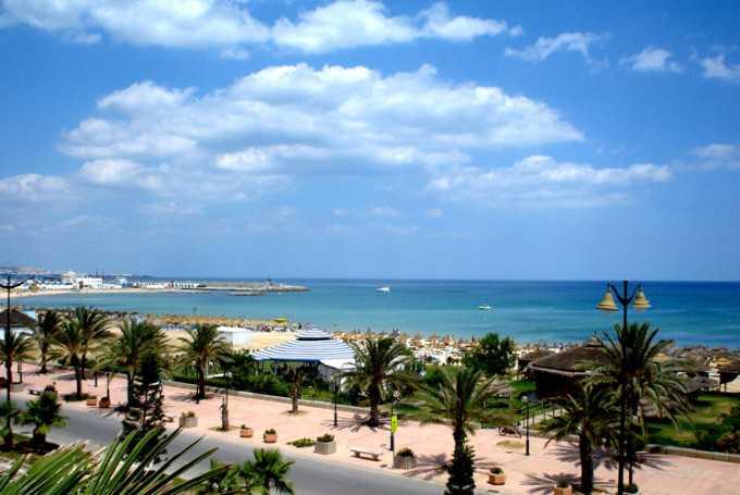 Апрельский сезон в Тунисе